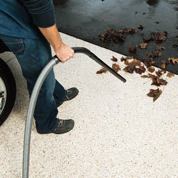 puhastaja garaaži